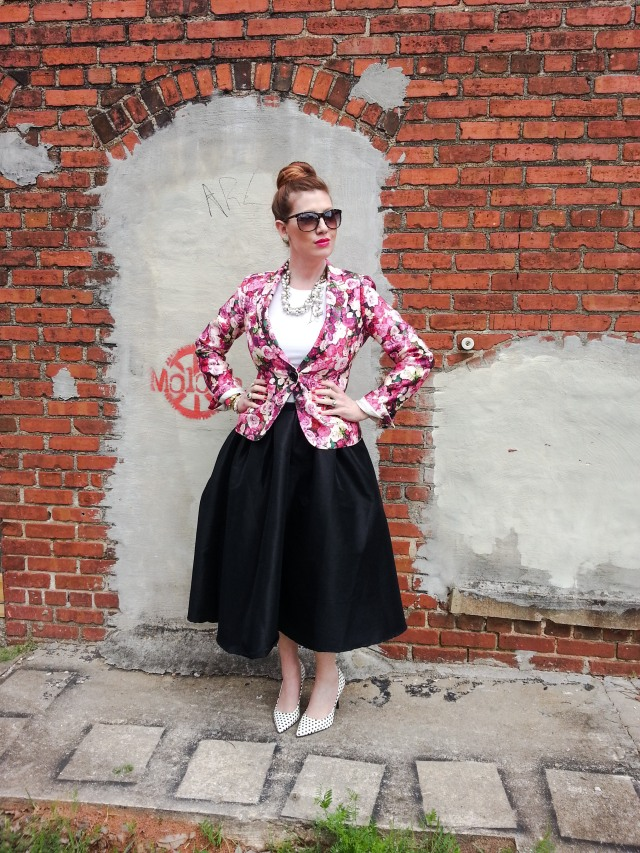 Jacket: Kate Spade NY Skirt: CHOiES Shoes: Madison by Shoe Dazzle Blouse: THE LIMITED Sunnies: Franco Sarto Necklace: Chloe+Isabel Bracelets: Assorted but most by Kate Spade NY