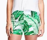 "Women's Flat-Front Stretch-Twill Shorts (3 1/2"") - GREEN PALM LEAF"